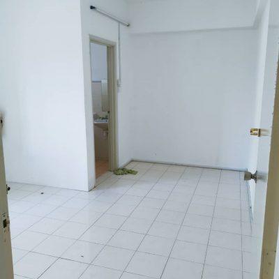 Plaza Medan Putra@Master Bedroom